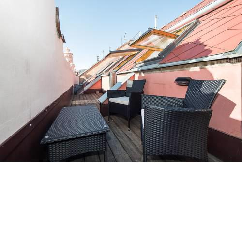 2bedroom attic loft with private terrace