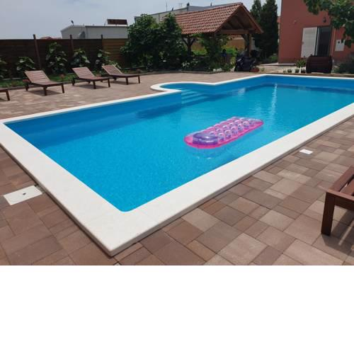 Apartman Smilje with Heating Pool