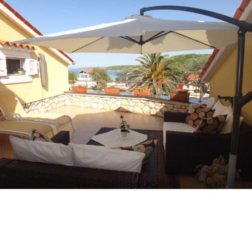 Apartment in Susak with sea view, terrace, air conditioning, WiFi (4873-4)