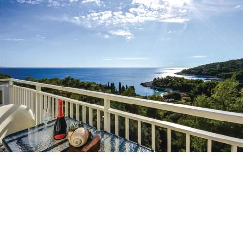 Apartment Milna with Sea View I