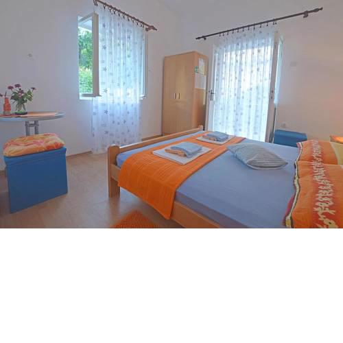 Apartments and rooms by the sea Podaca, Makarska - 16160
