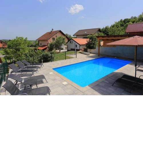Apartments and rooms with a swimming pool Grabovac, Plitvice - 17531
