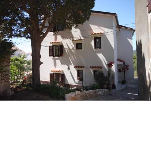 Apartments and rooms with parking space Cunski, Losinj - 2498