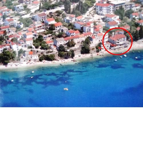 Apartments by the sea Brist, Makarska - 15465