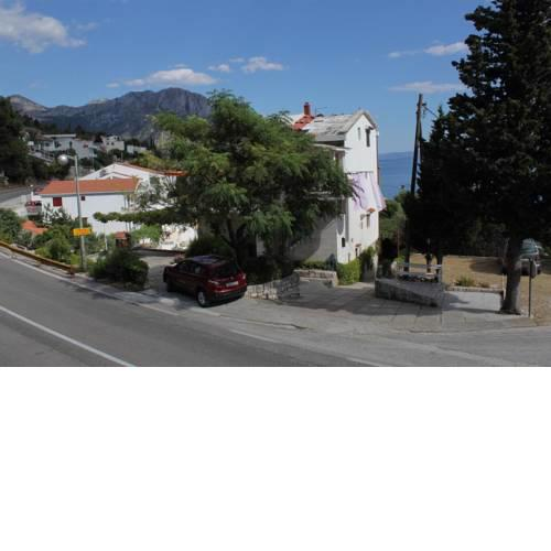 Apartments by the sea Brist, Makarska - 6867