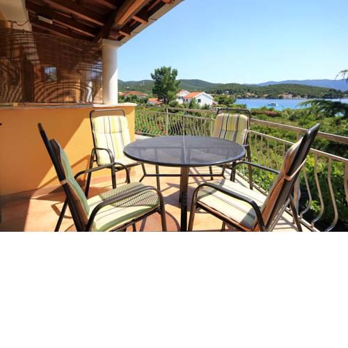 Apartments by the sea Loviste, Peljesac - 10197
