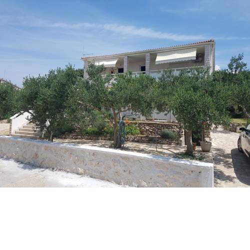 Apartments by the sea Mandre, Pag - 6310