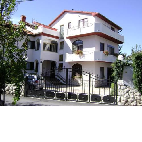 Apartments by the sea Palit, Rab - 15794