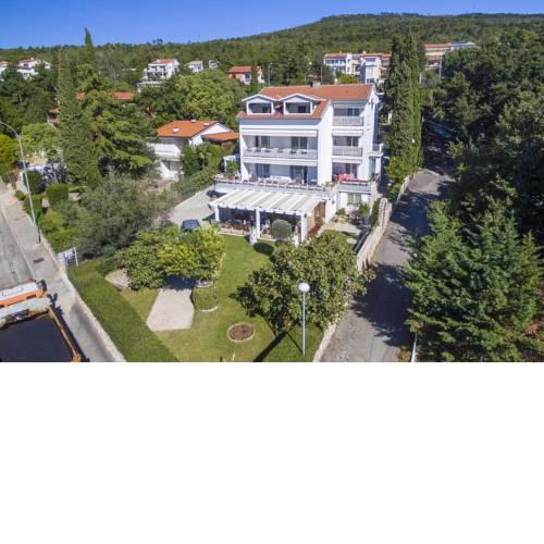 Apartments by the sea Selce, Crikvenica - 4801