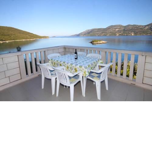 Apartments by the sea Tri Zala, Korcula - 9237
