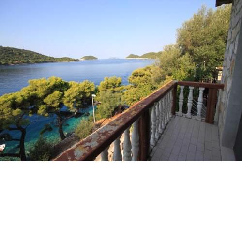 Apartments by the sea Ubli, Lastovo - 8344