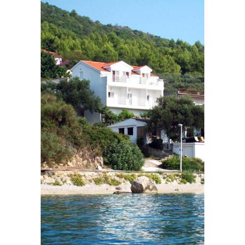 Apartments by the sea Zaostrog, Makarska - 2816