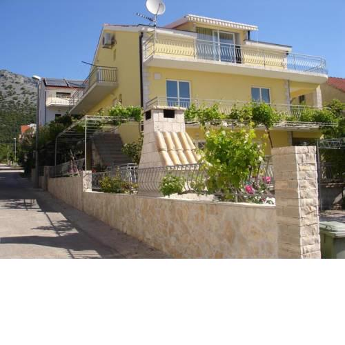 Apartments with a parking space Orebic, Peljesac - 12361