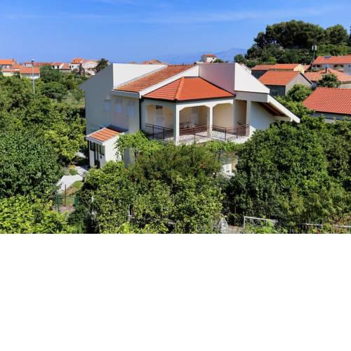 Apartments with a parking space Trpanj, Peljesac - 10131