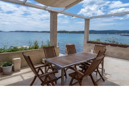 Beachfront 4-bedroom villa Sea Wave in Orebic, Croatia
