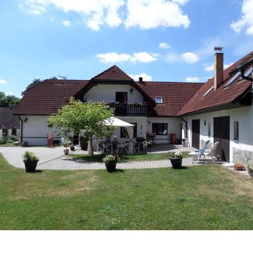 Camping & Guest House Pliskovice
