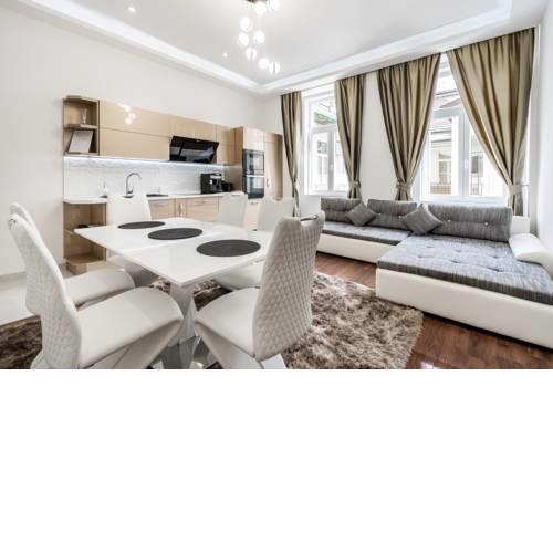 Centrum Opera Luxury Apartment