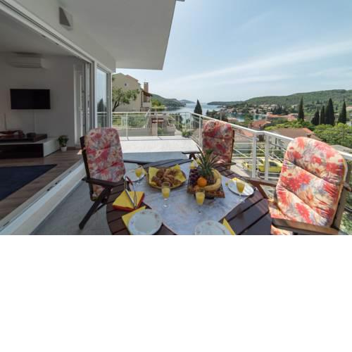 De Luxe Apartment Mediteran 2****