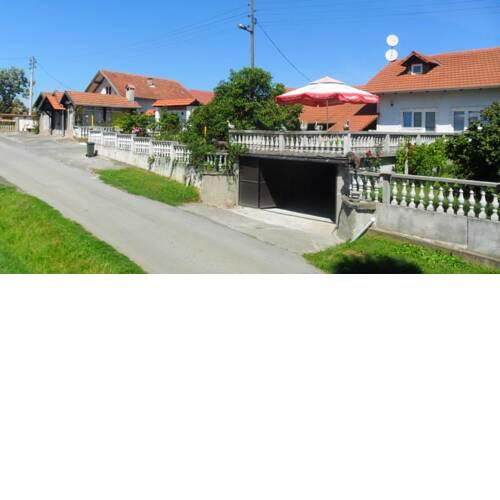 Holiday home Gornji Brinjani