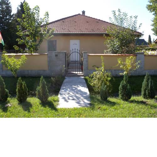 Holiday home in Balatonfenyves 38396