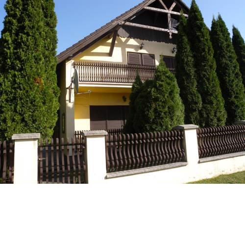 Holiday home in Balatonmariafürdo 33087