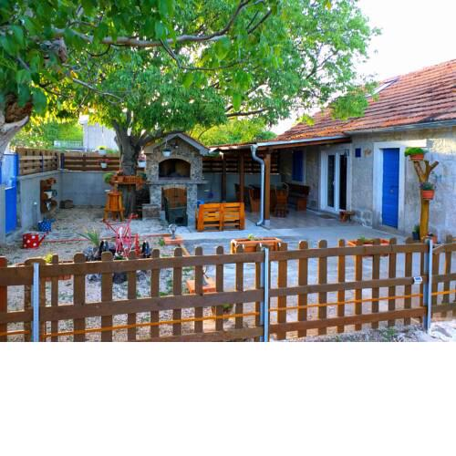 Holiday Home KULAK near the Krka National Park