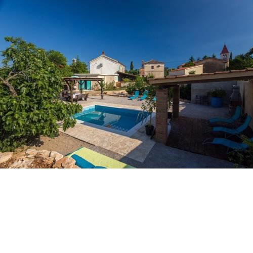 Holiday home Rasopasno/Insel Krk 13036