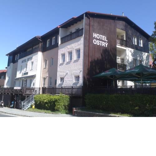 Hotel Ostry
