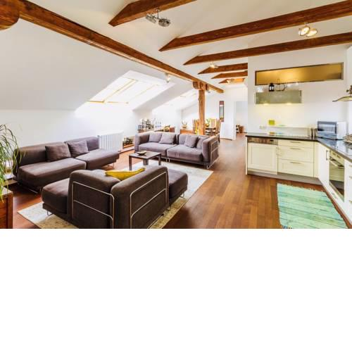 NEW! Luxury Apartment in Prague near Vltava river!