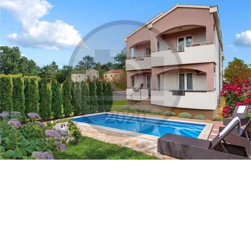 Nice home in Pasman w/ Outdoor swimming pool and 7 Bedrooms