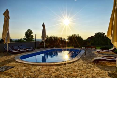 RELAX in VILLA with POOL