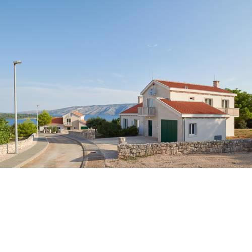 Rudina Villa Sleeps 8 with Pool Air Con and WiFi