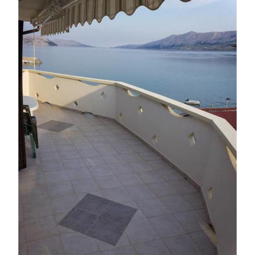 Seaview apartment with balcony - Apartments Kaniza