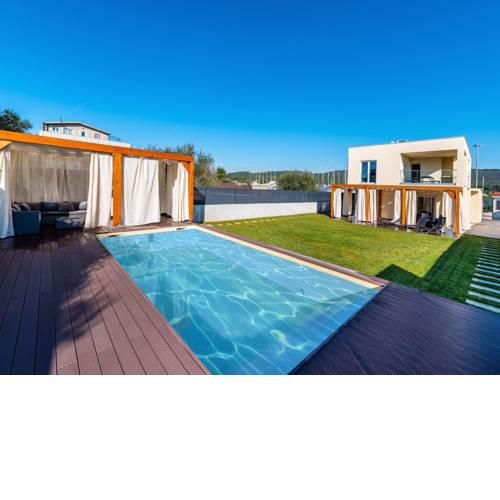 Serene Villa in Bibinje with Private Swimming Pool