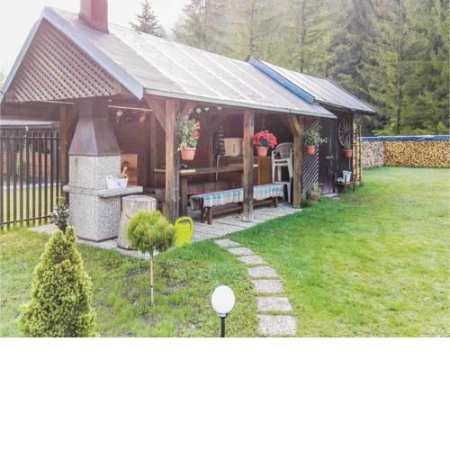 Three-Bedroom Holiday Home in Hrabusice