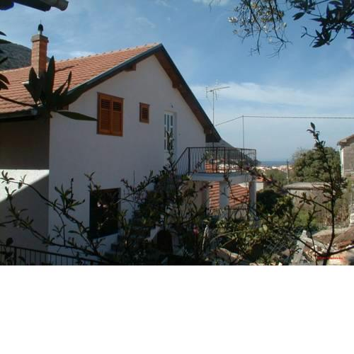 Trpanj Apartment Sleeps 9